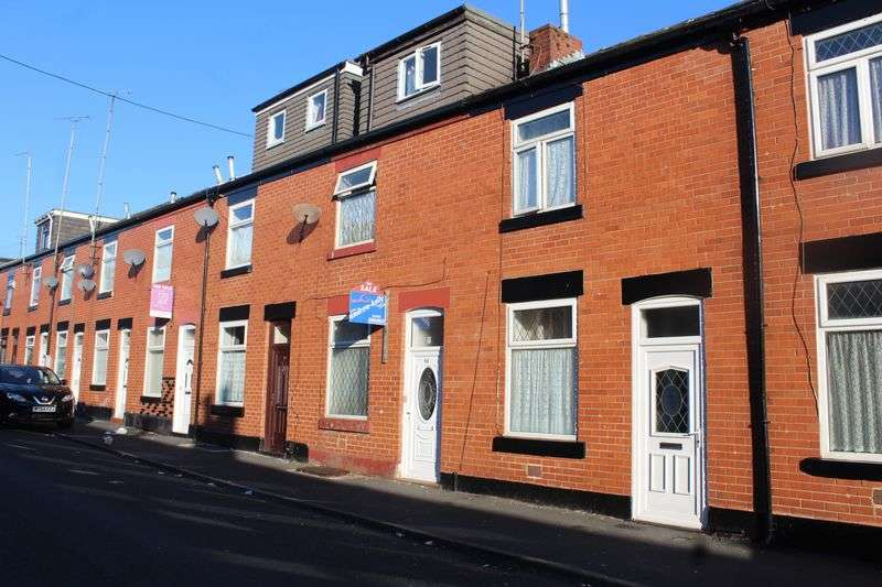 4 Bedrooms Terraced House for sale in Oswald Street, Rochdale