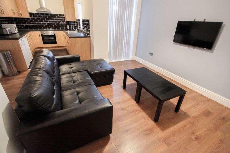 4 Bedrooms Property for rent in Birstall Road, Liverpool (2017-18 Academic Year)