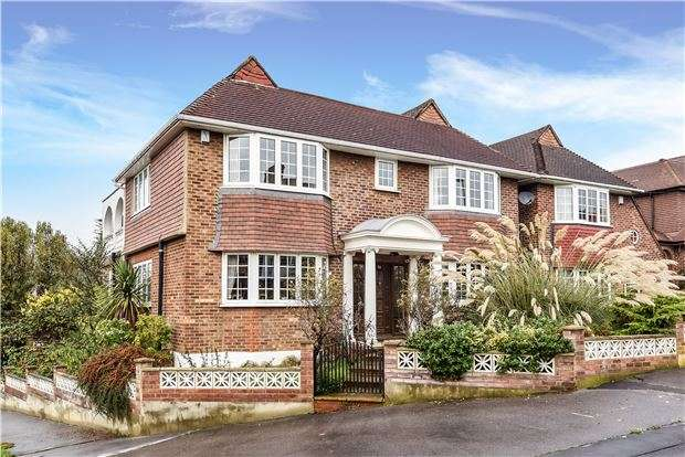 4 Bedrooms Detached House for sale in Christian Fields, LONDON, SW16 3JU