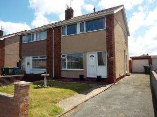 3 Bedrooms Semi Detached House for sale in Heol Hendre, Rhuddlan, Rhyl, LL18
