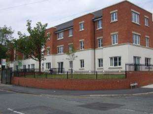 2 Bedrooms Flat for sale in Woodlands Hall, Bradshaw Street, Wigan, Greater Manchester, WN1