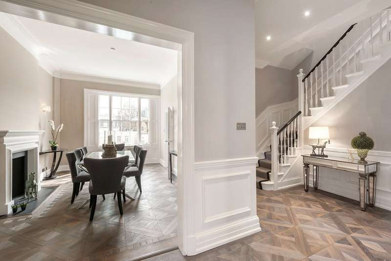 2 Bedrooms Maisonette Flat for sale in Eaton Square, London, SW1W