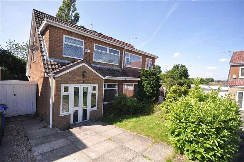 3 Bedrooms Semi Detached House for sale in Newhouse Road, Heywood