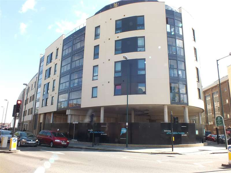 Commercial Property for rent in High Road