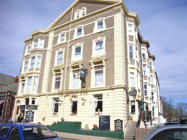 2 Bedrooms Apartment Flat for sale in Belle Vue Apartments, Filey