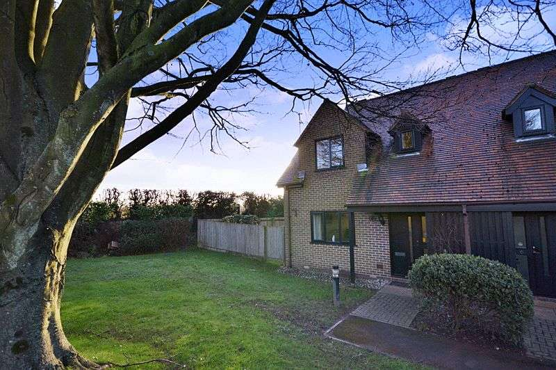 2 Bedrooms Retirement Property for sale in Courville Close, Alveston Grange, Alveston, BS35 3RR