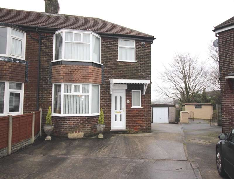 3 Bedrooms Semi Detached House for sale in Observatory Road, Blackburn, BB2