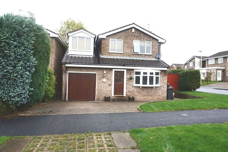 4 Bedrooms Detached House for sale in Avon Drive, Congleton