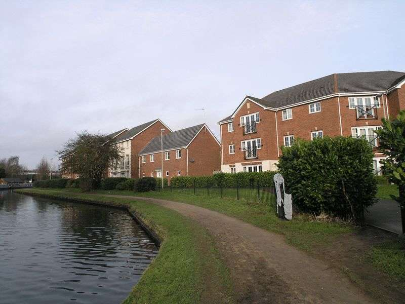 2 Bedrooms Flat for sale in DUDLEY, Netherton, Purlin Wharf