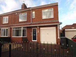 3 Bedrooms Semi Detached House for sale in Cloister Avenue, South Shields, Tyne and Wear, NE34