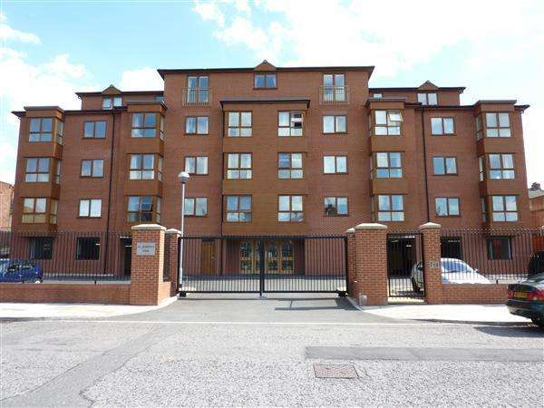 2 Bedrooms Apartment Flat for sale in ST. JOSEPHS COURT, PRINCES ROAD, CLEETHORPES