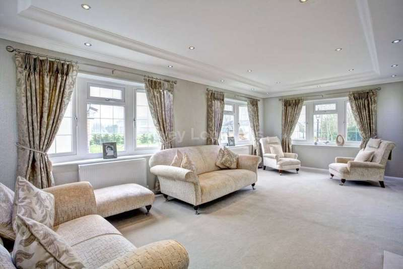 2 Bedrooms Park Home Mobile Home for sale in Witchford, Ely, Cambridgeshire