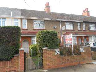 3 Bedrooms Terraced House for sale in Elstow Road, Bedford, Bedfordshire