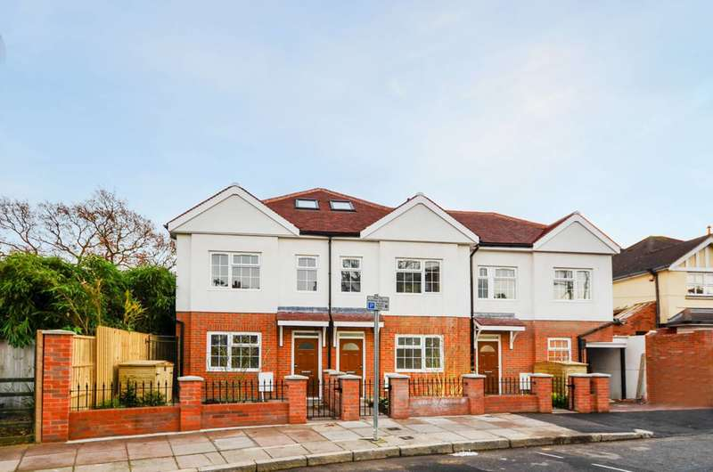 3 Bedrooms House for sale in Burney Avenue, Surbiton, KT5