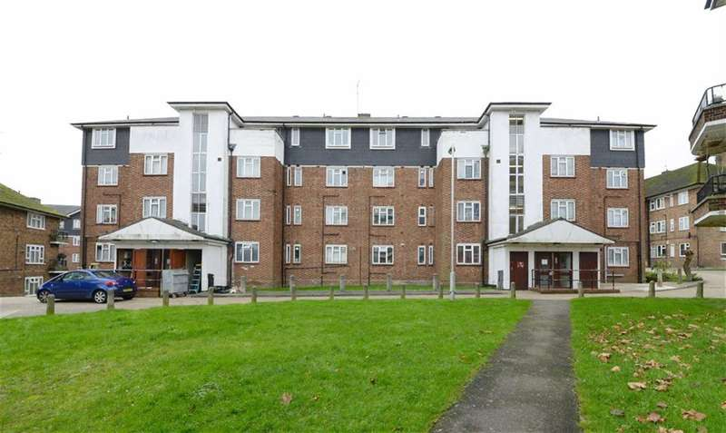 3 Bedrooms Property for sale in The Grange, East Finchley, London, N2