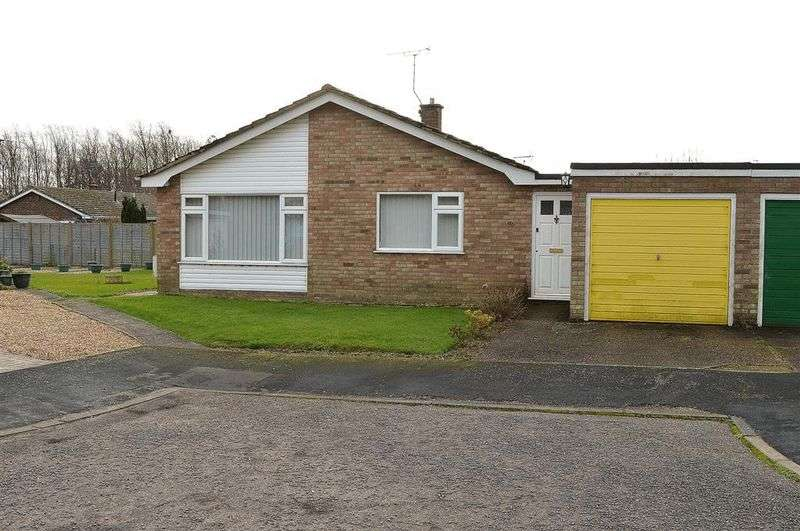3 Bedrooms Detached Bungalow for sale in Mill View Saham Toney