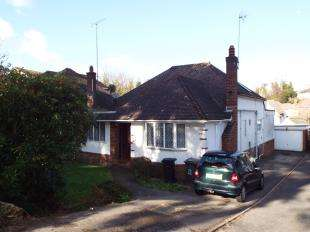 5 Bedrooms Bungalow for sale in East Cliff, Bournemouth, Dorset