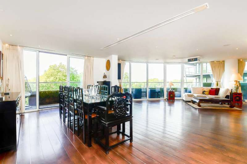 2 Bedrooms Flat for sale in Chelsea Bridge Wharf, Battersea Park, SW8