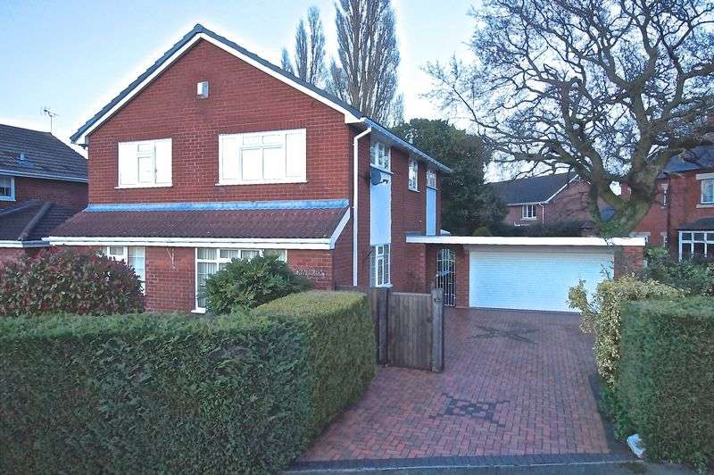 4 Bedrooms Detached House for sale in Hillock Lane, Gresford, Wrexham