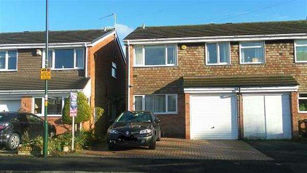 Semi Detached House for sale in Ashdale Road, Maypole, Birmingham