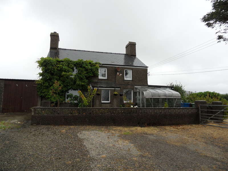 3 Bedrooms Detached House for sale in Tyn Rhos, Pentre Uchaf, Pwllheli, Pwllheli, LL53