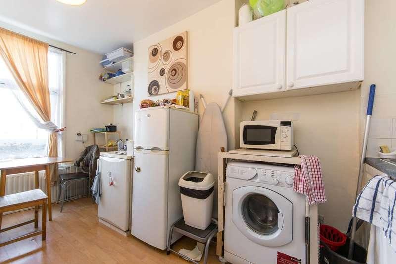 1 Bedroom Flat for sale in Old Kent Road, Bermondsey, SE1