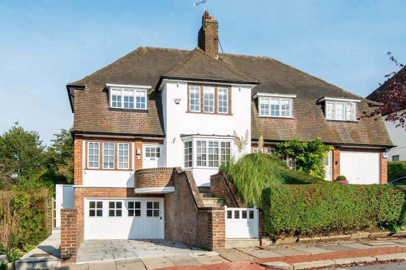 4 Bedrooms House for sale in Hill Top, Hampstead Garden Suburb