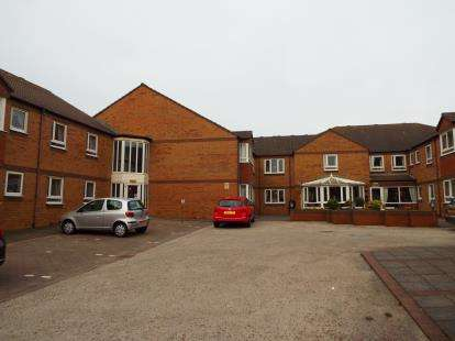 1 Bedroom Flat for sale in Sandpiper Court, Buckden Close, Thornton-Cleveleys, Lancashire, FY5