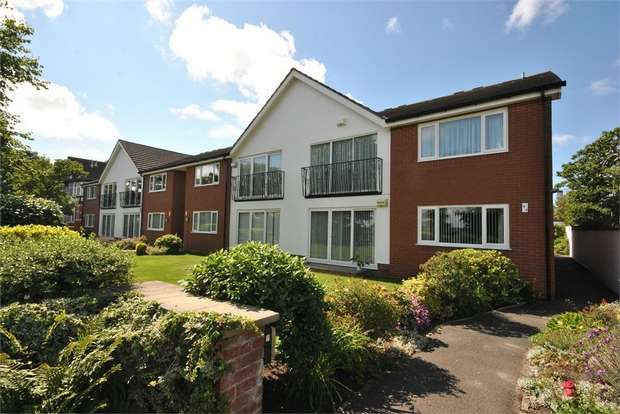 3 Bedrooms Flat for sale in 9 Links Gate, LYTHAM ST ANNES, Lancashire