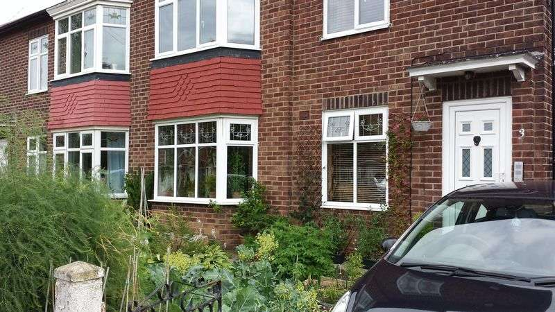 2 Bedrooms Flat for sale in VICARS LANE, Benton