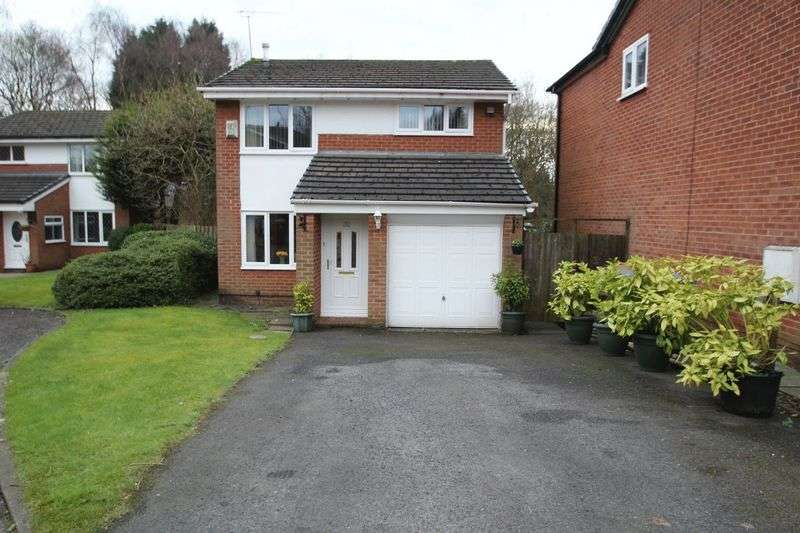 3 Bedrooms Property for sale in Foxglove Court, Shawclough OL12 6XF