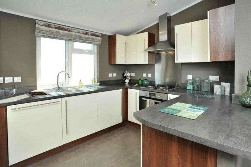 2 Bedrooms Bungalow for sale in Brand New Westfield Lodge