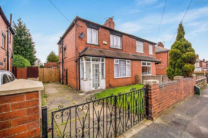 3 Bedrooms Semi Detached House for sale in Waincliffe Mount, Leeds