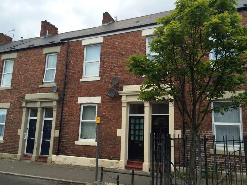 2 Bedrooms Flat for sale in Howdon Road, North Shields.