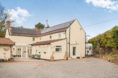 5 Bedrooms Detached House for sale in White Pit Way, Swaby, Alford, Lincolnshire