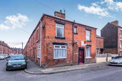 3 Bedrooms Terraced House for sale in Talbot Street, Leek, Staffordshire, Leek