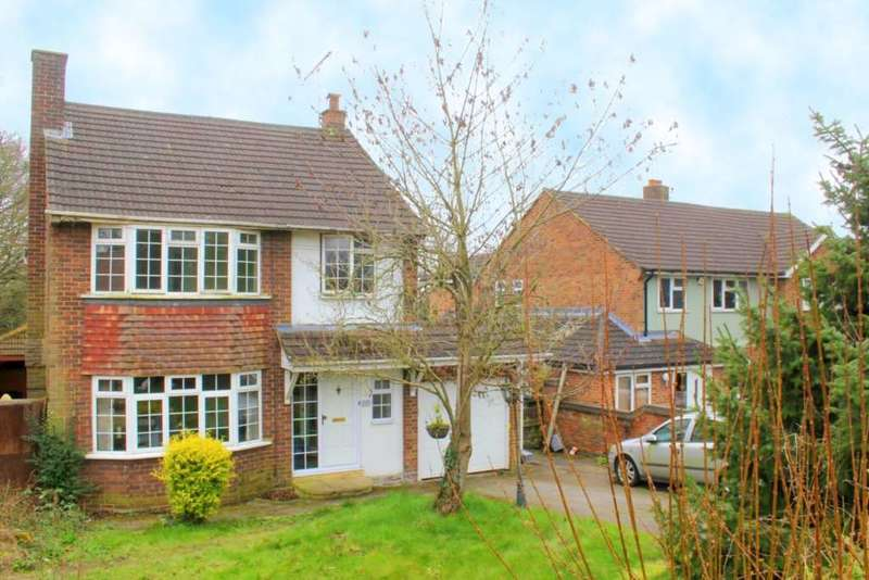 4 Bedrooms Detached House for sale in Toms Lane, Kings Langley