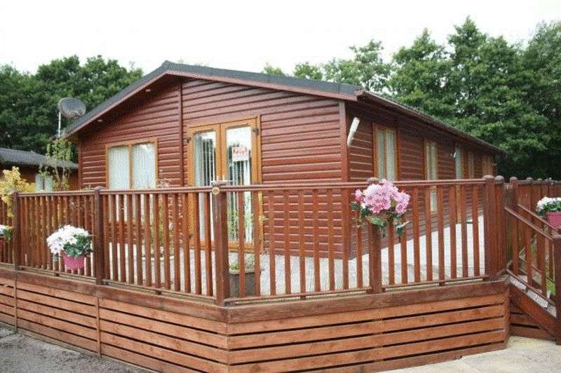 2 Bedrooms Bungalow for sale in Two Bed Pec Lodge