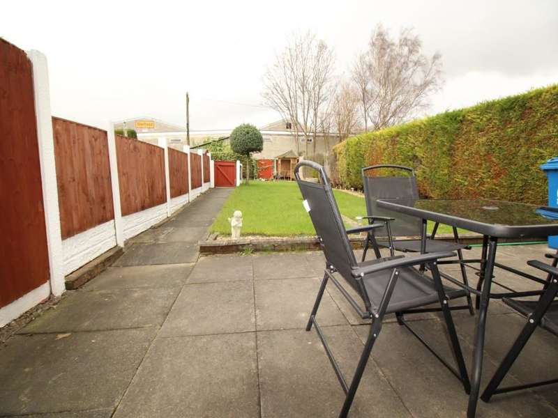 2 Bedrooms Semi Detached Bungalow for sale in St. Helens Road, Leigh, WN7