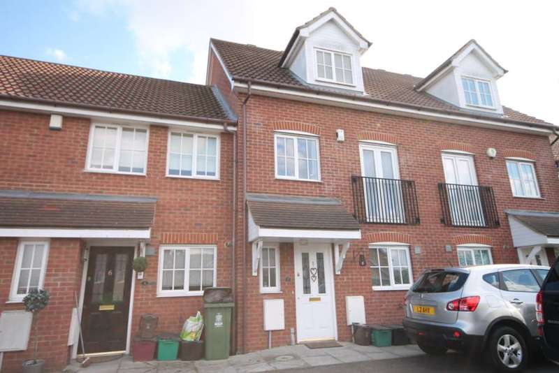 4 Bedrooms House for sale in Wheelock Close, Erith