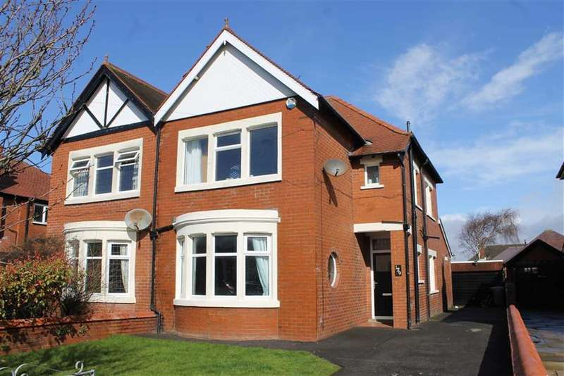 4 Bedrooms Property for sale in Mayfield Road, St Annes