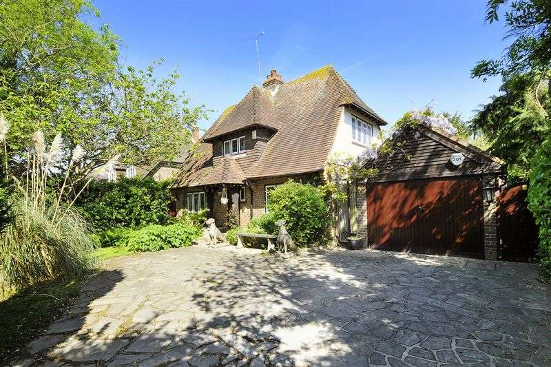 3 Bedrooms Detached House for sale in Sea Lane, Ferring