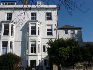 1 Bedroom Flat for sale in Old Dover Road, Canterbury, Kent
