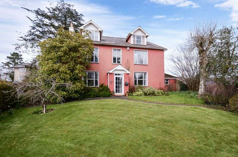5 Bedrooms Detached House for sale in Kingskerswell