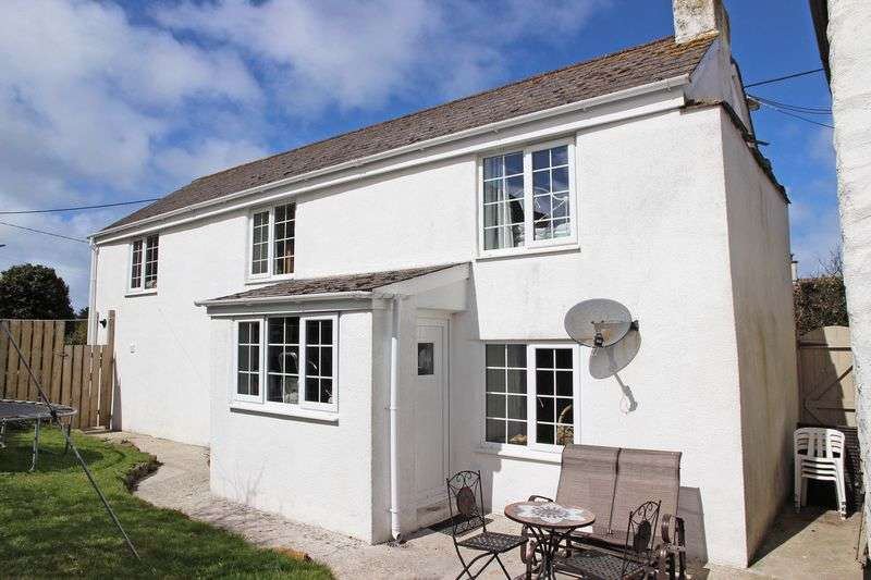3 Bedrooms Detached House for sale in Stanways Road, St Columb Minor