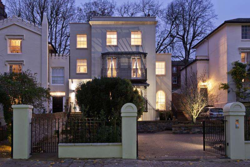 6 Bedrooms Detached House for sale in Downshire Hill, Hampstead Village