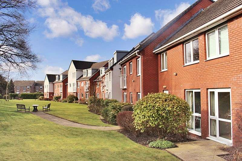 1 Bedroom Retirement Property for sale in Holland Court, Poynton, SK12 1PL