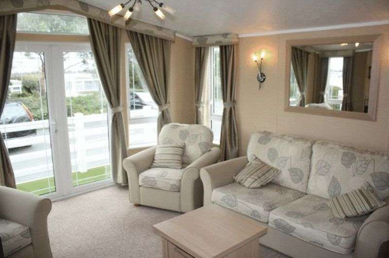 2 Bedrooms Bungalow for sale in Willerby Vogue (40 X 13) 2012