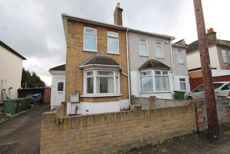 3 Bedrooms House for sale in The Nursery, Erith