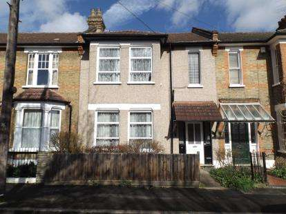 4 Bedrooms Terraced House for sale in Wanstead, London